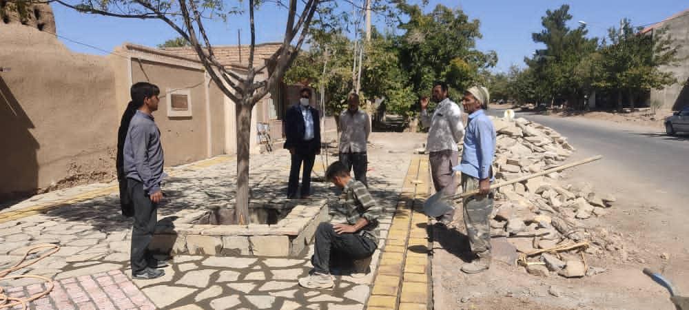 بازدید شهردار(مهندس قلی زاده)از پروژه اجرای سنگ فرش در سطح شهر باغستان
